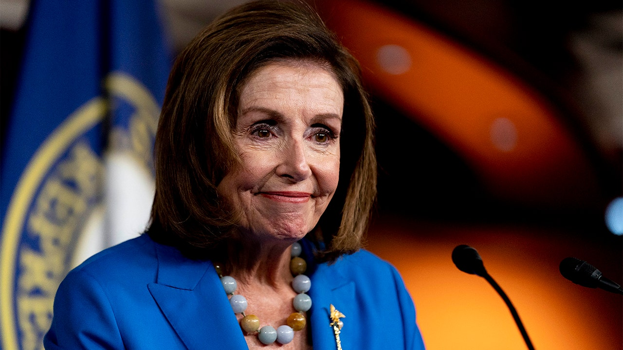 Pelosi backs debt ceiling proposal that would allow Treasury to raise limit