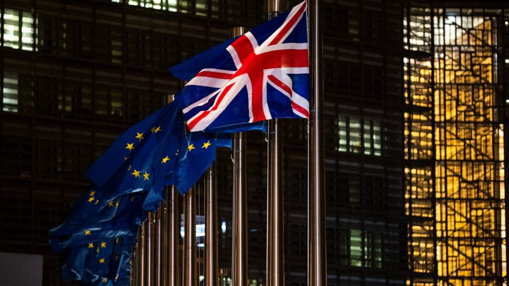 Christmas comes early: EU, UK back to Brexit wrangling