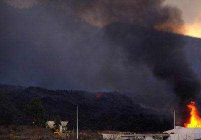 Lava from volcano on Spain's La Palma forces 800 to evacuate