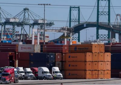 Ports of LA, Long Beach to fine firms over container backlog