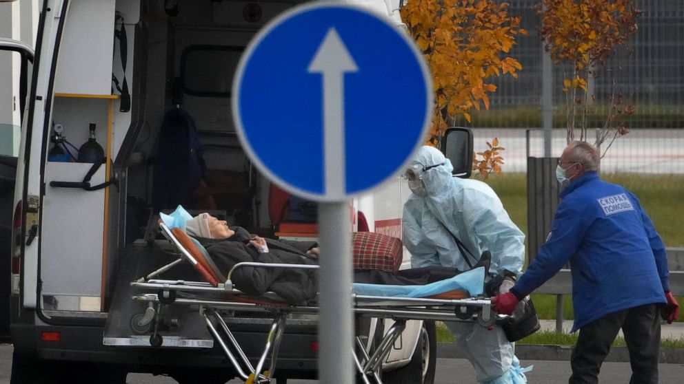 Russia sets another daily COVID-19 deaths record