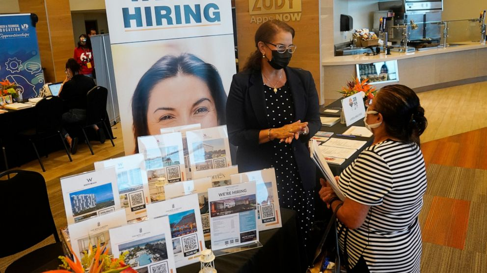 US unemployment claims fall to lowest level since pandemic