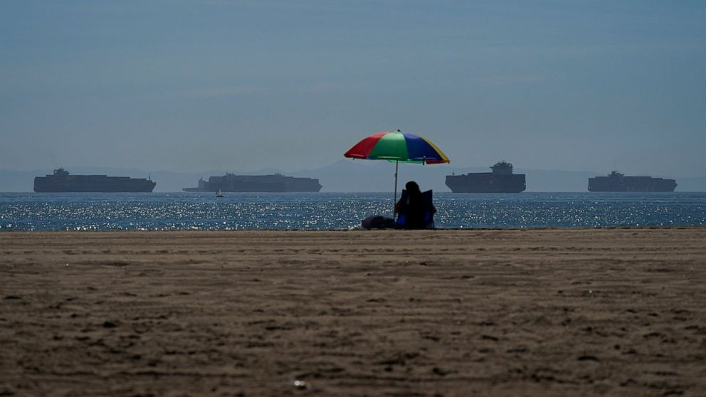 White House: LA port going 24/7 to ease shipping backlog